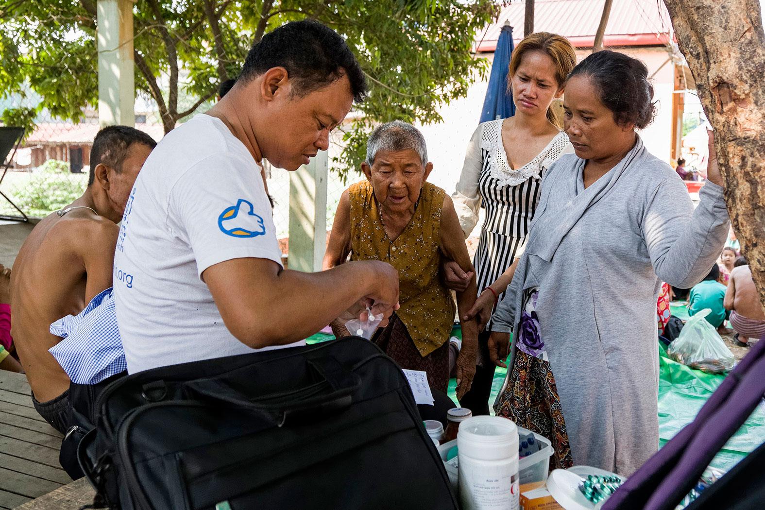 slum-in-Phnom-Penh---cambodia007