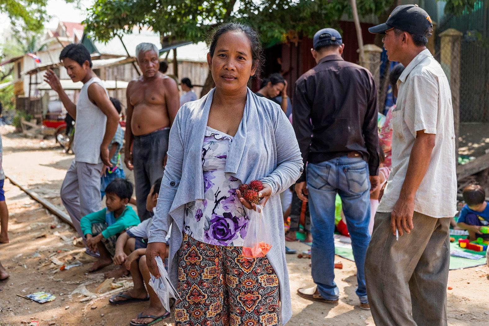 slum-in-Phnom-Penh---cambodia023
