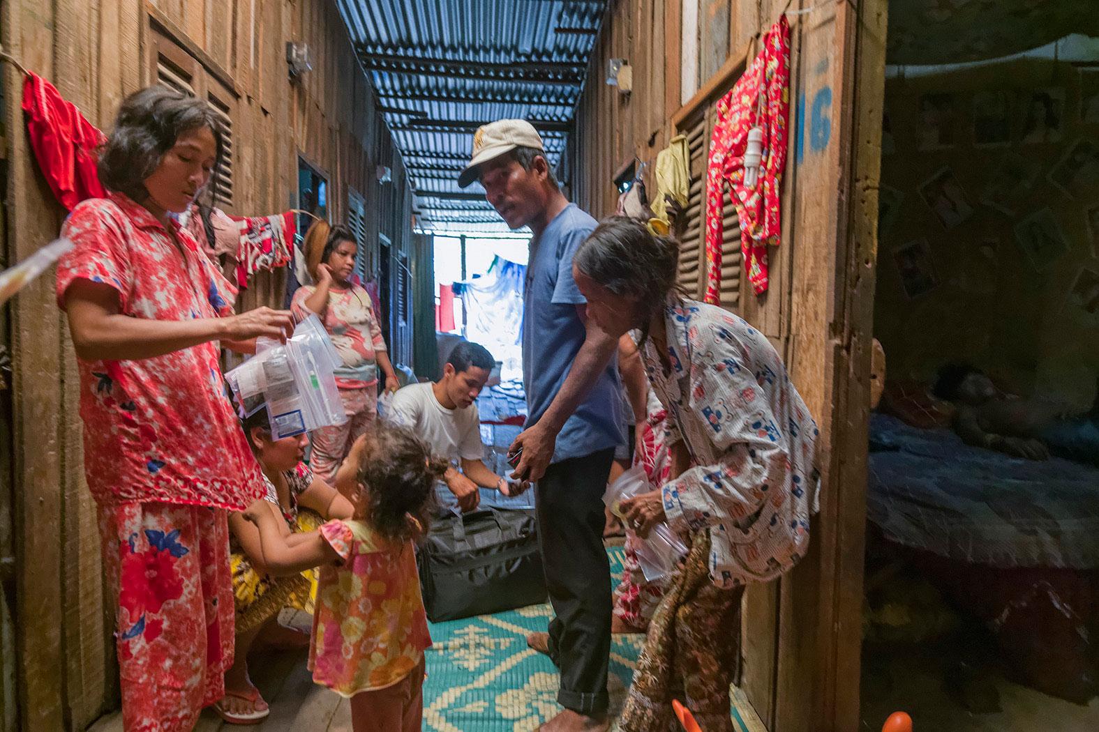 slum-in-Phnom-Penh---cambodia028