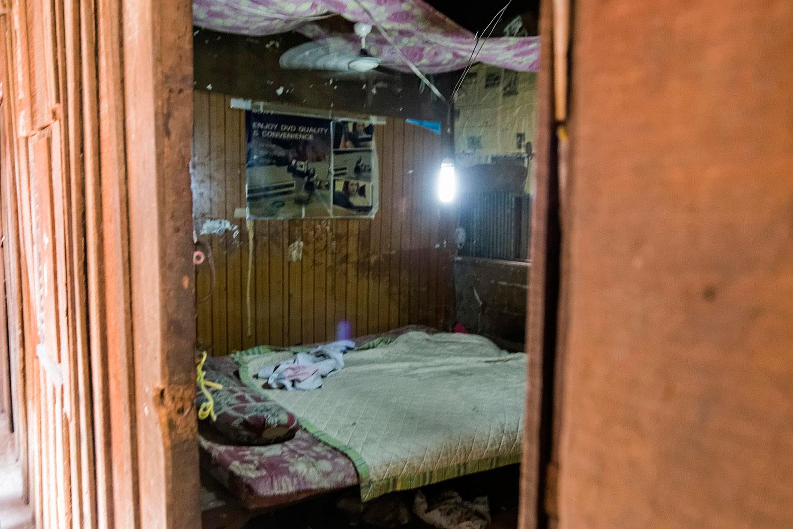slum-in-Phnom-Penh---cambodia036