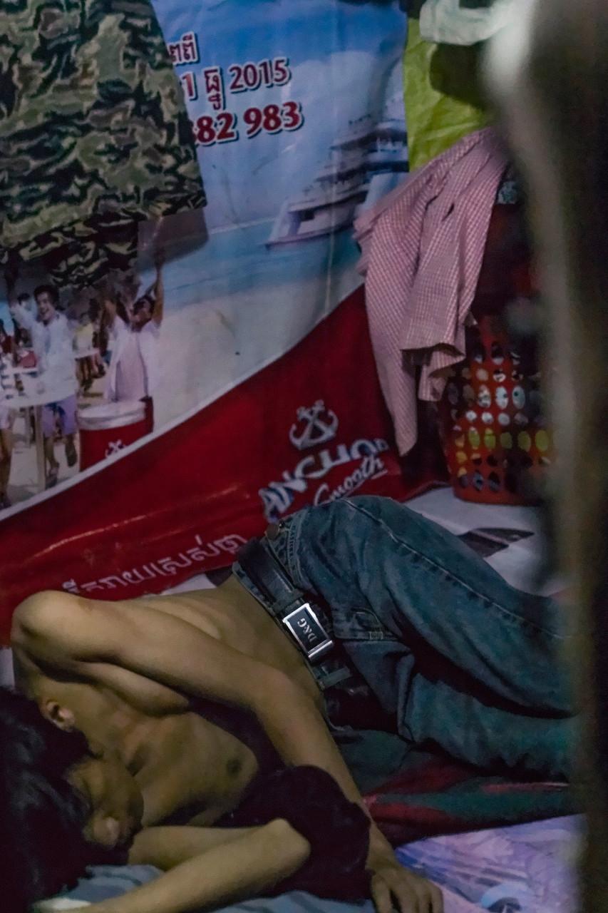 slum-in-Phnom-Penh---cambodia038