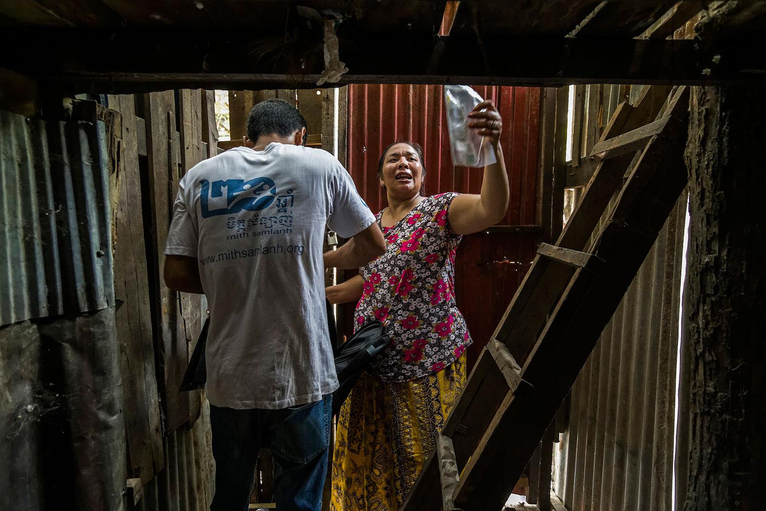 slum-in-Phnom-Penh---cambodia043